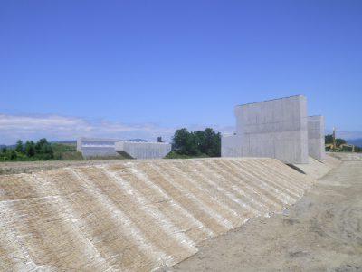平成30年度道路改築事業(地域連携・国道)一般国道287号川西バイパス小松橋下部工工事